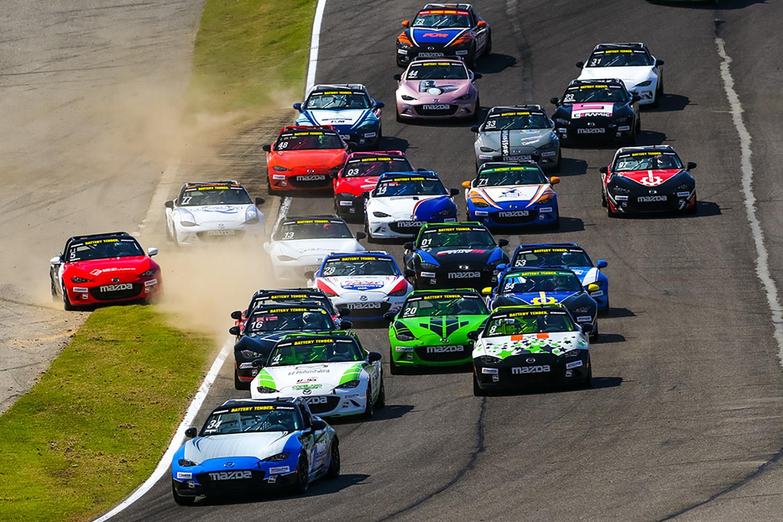 Reger Sweeps Global Mazda MX-5 Cup at Barber Motor…