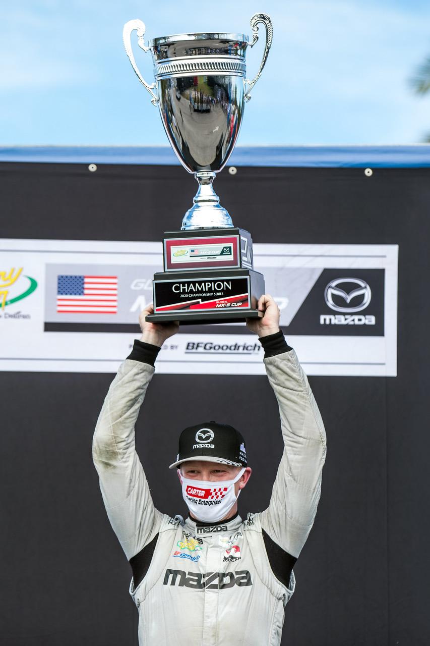 Carter Narrowly Wins Global Mazda MX-5 Cup Champio…